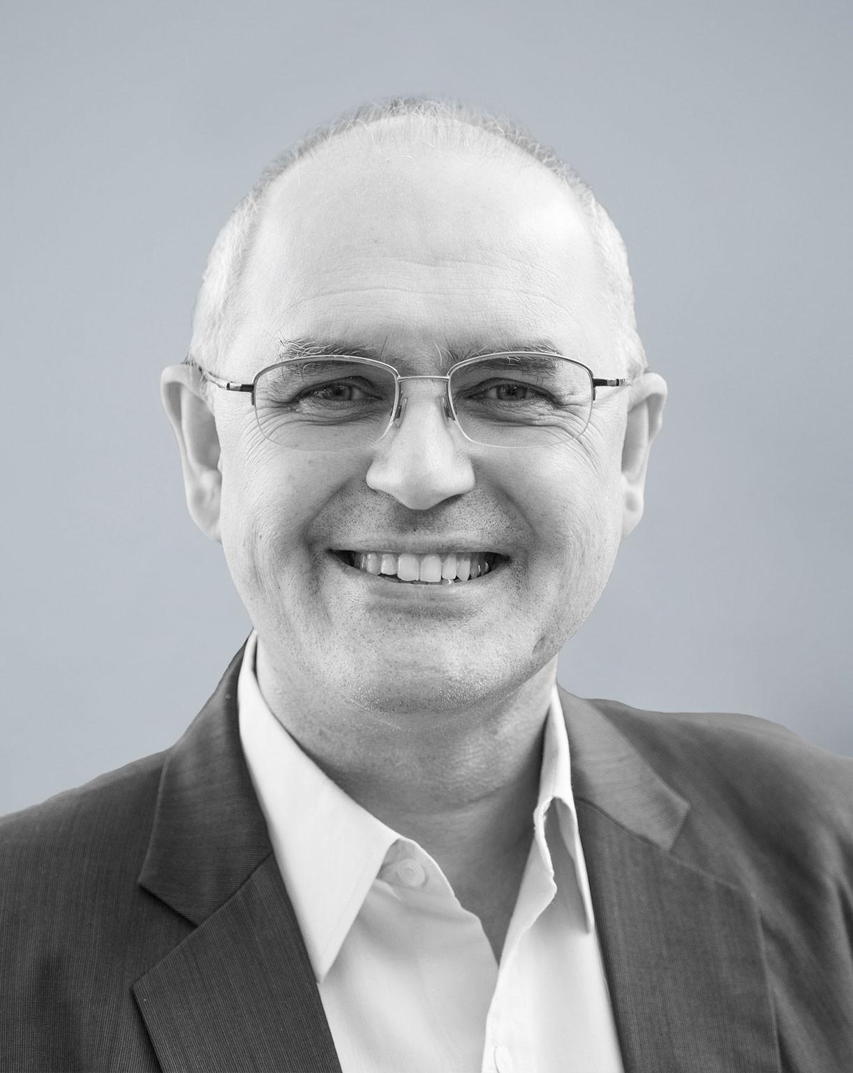 Dr. Tschangiz Scheybani